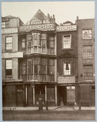 The Sir Paul Pindar, Bishopsgate Street